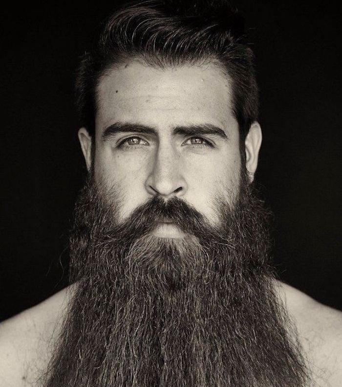 modele de grosse barbe homme droite