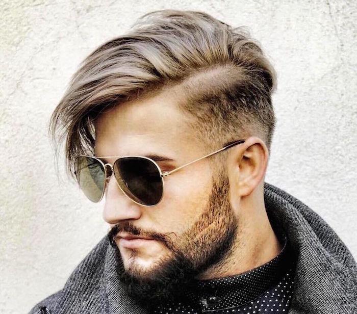 bouc barbe 3 jours courte avec coiffure dégradé homme