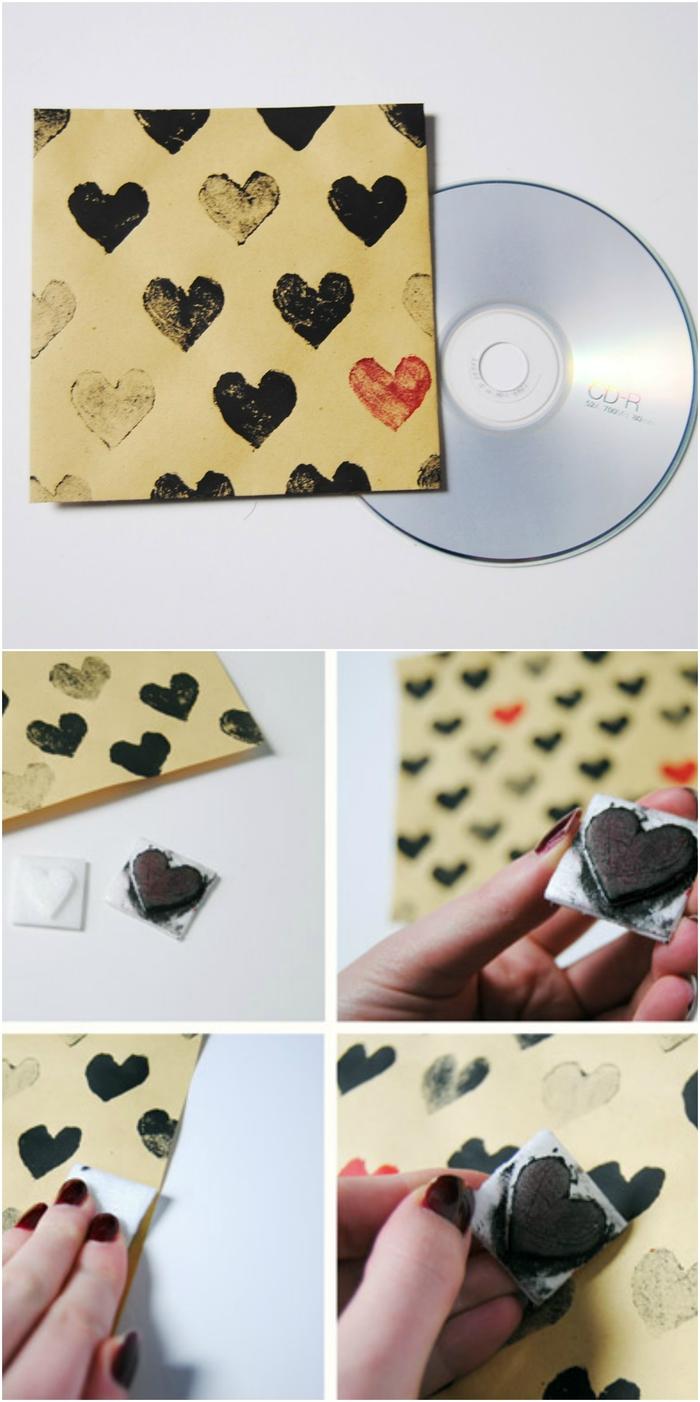 cadeau st valentin classique pour les amateurs de la musique, cd personnalisé offert emballé dans une jolie pochette à cœurs tamponnés