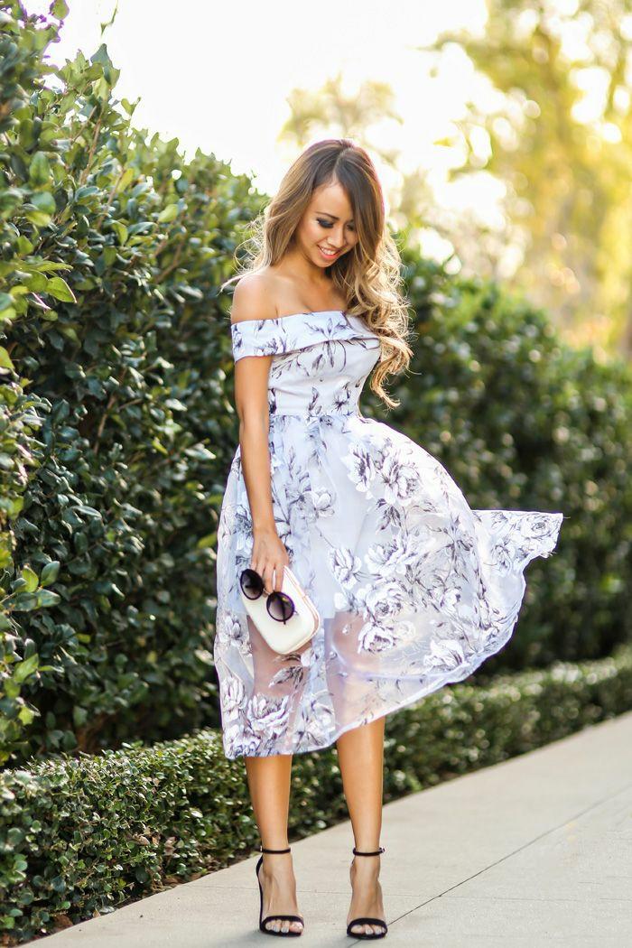 Belle tenue de soirée femme jolie cool idée tenue printemps soirée robe epaules denudees