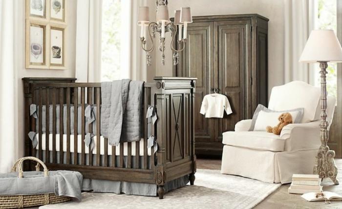 chambre bebe complete, décoration pour chambre de garçon, grand panier et grand fauteuil blanc