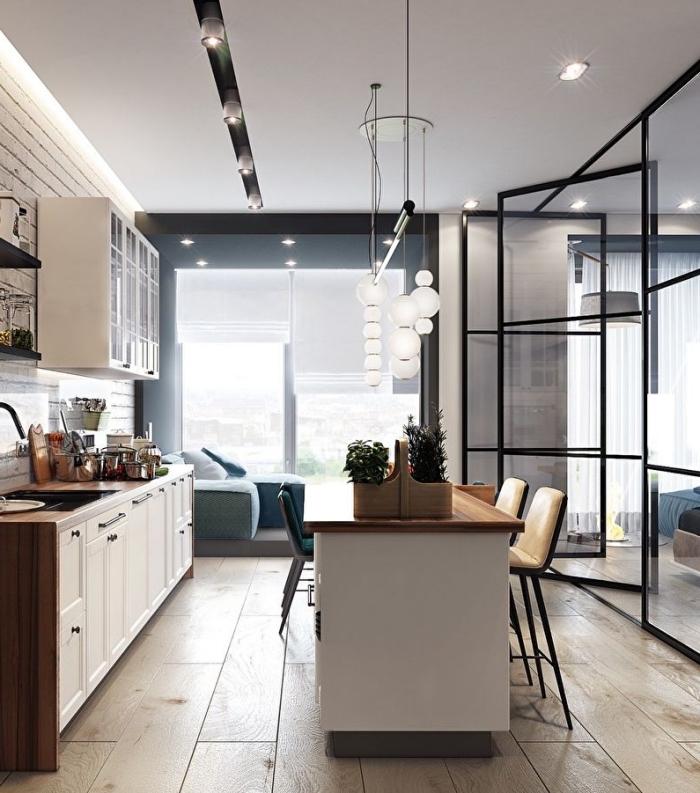 verriere atelier, déco de cuisine blanche avec ilot central en bois et plafond suspendu avec éclairage led