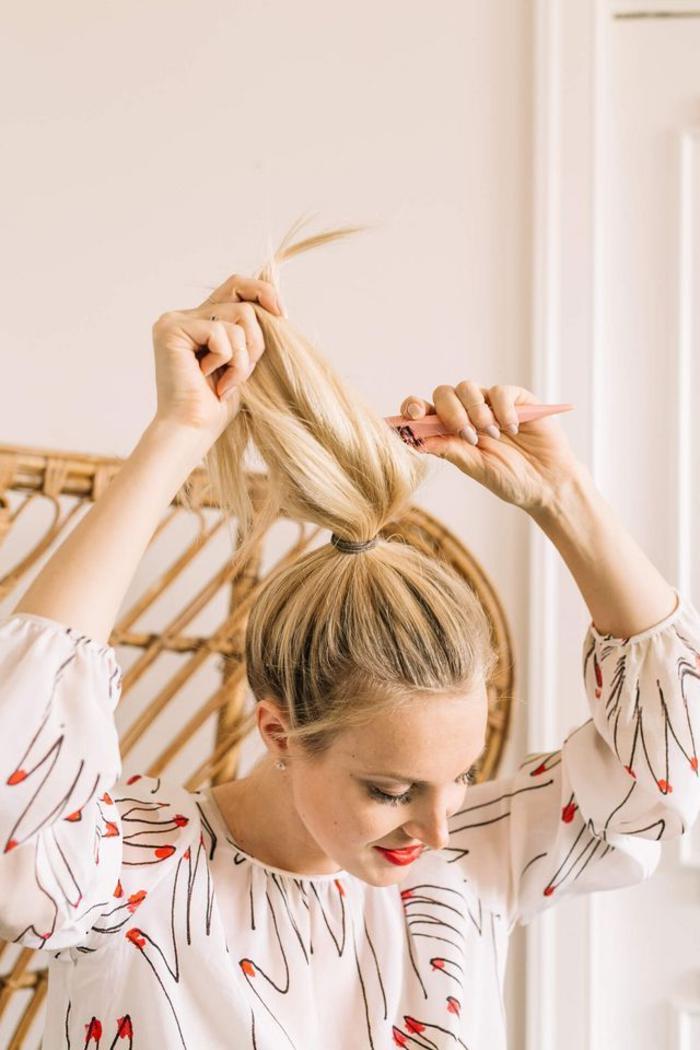 comment faire un chignon facile tutos coiffure pour toutes les occasions obsigen. Black Bedroom Furniture Sets. Home Design Ideas