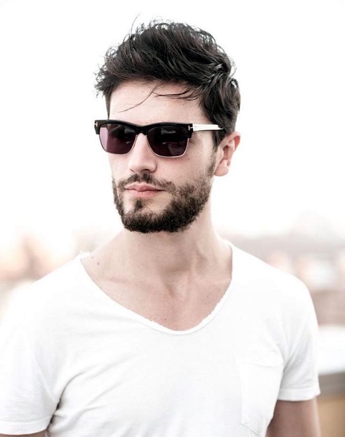se tailler la barbe trois jours homme courte