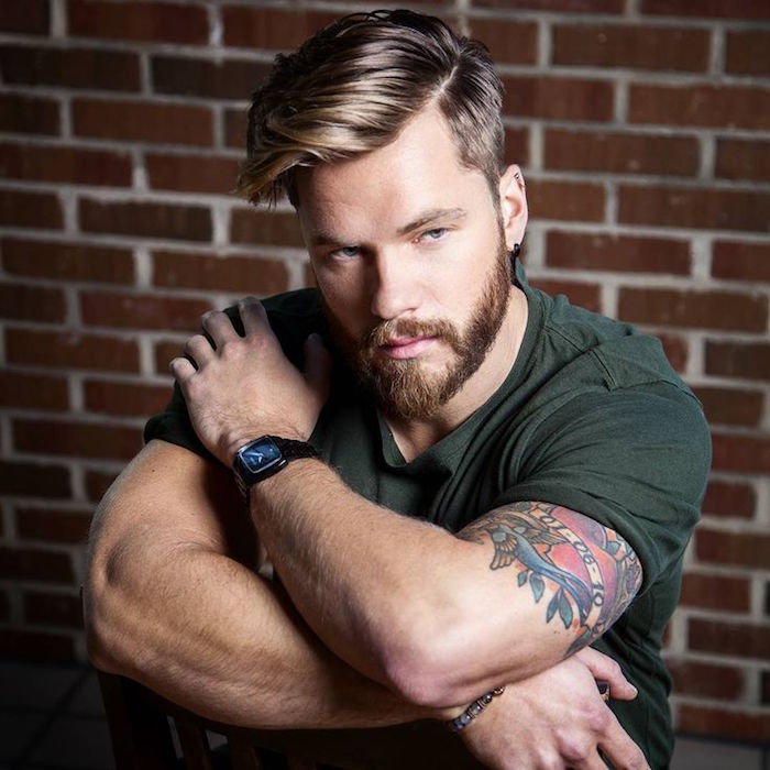 taille barbe taillée homme courte avec coupe cheveux mode