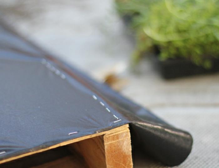 1001 id es d co originales pour un mur v g tal int rieur for Mur vegetal avec palette en bois