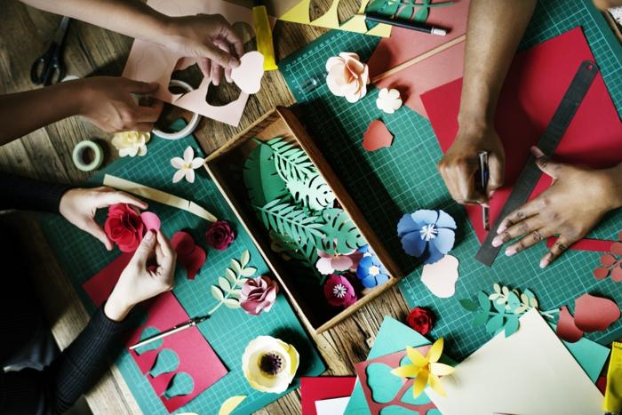 Jeux de bricolage activité manuelle comment être créative cool idée collage de fleurs
