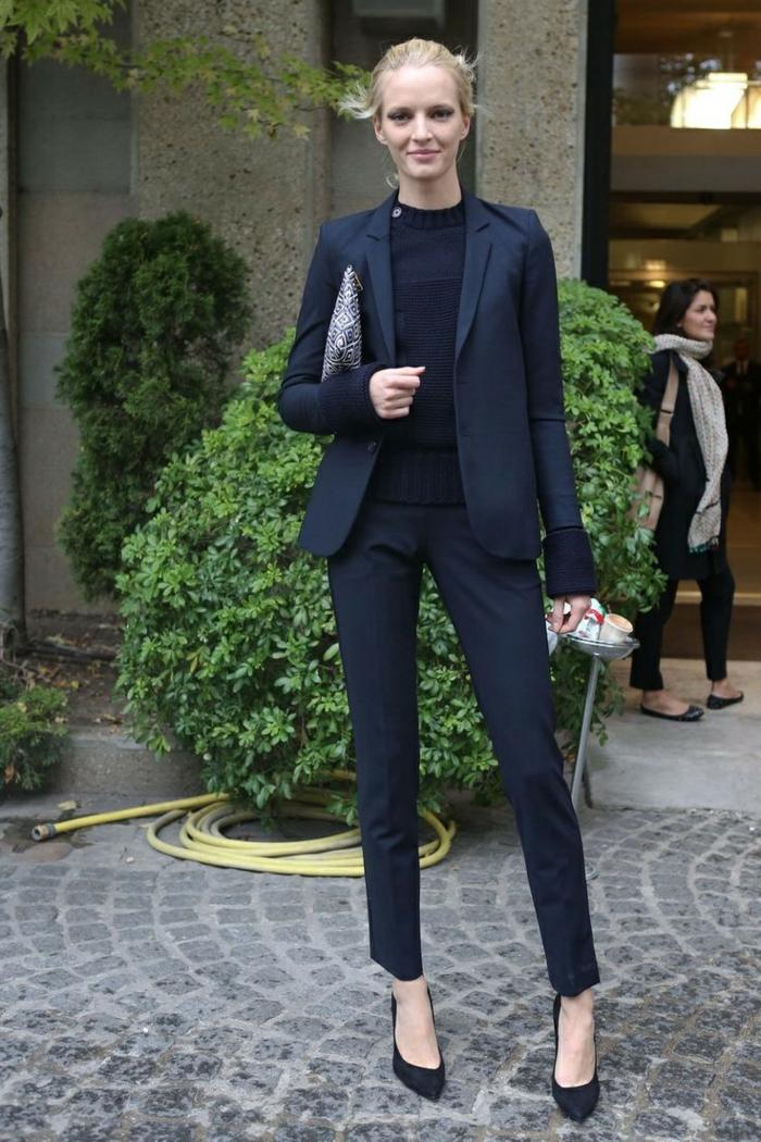 Tenue de soirée de ville tenue de soirée hiver femme stylée tailleur noir top noir accessoires