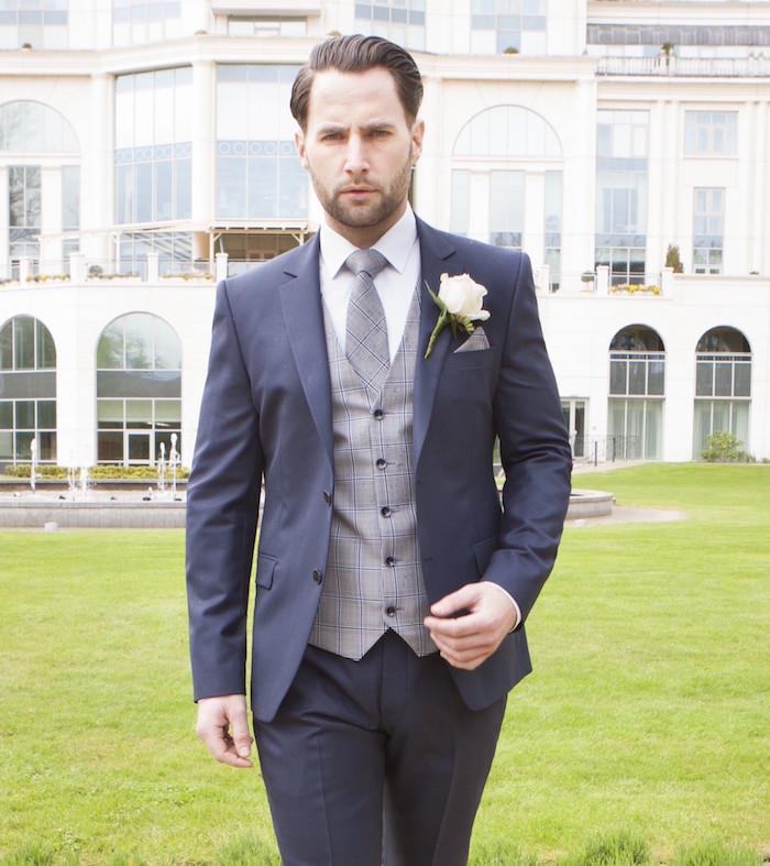 costume bleu electrique smoking homme mariage gilet gris