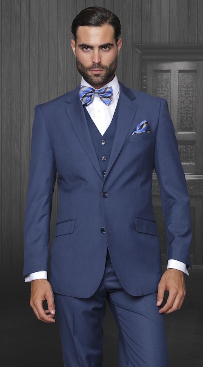 ... bleu marine noeud papillon Costume 3 pièces homme – tenue de salon en  trois actes ... 29123b5596f
