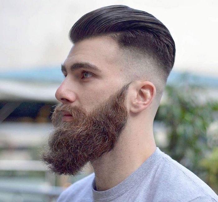 coiffure dégradé homme court américain et coupe hipster arriere