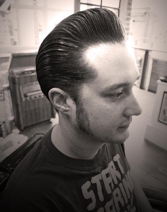 coupe de cheveux pour homme hipster style banane rock année 50