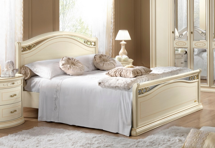 association couleur beige et blanc pour la déco de la chambre moderne aux meubles à design vintage de couleur beige et blanc