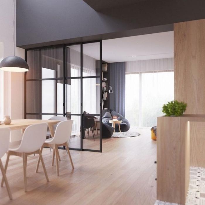 verriere cuisine, salle à manger aux murs blanc et gris avec parquet de bois et table à manger rectangulaire