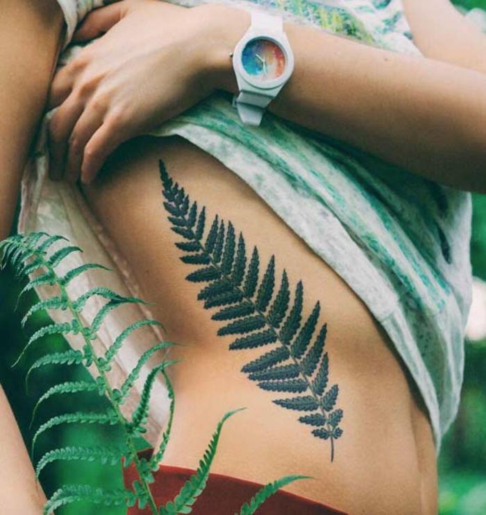 Le tatouage le plus beau les plus beau tatouage du monde plante verte feuille