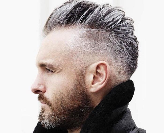 taille de barbe homme hipster courte avec coiffure degradé