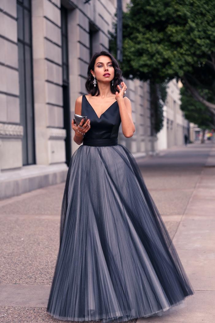 Belle tenue de soirée femme jolie cool idée tenue robe longue princesse