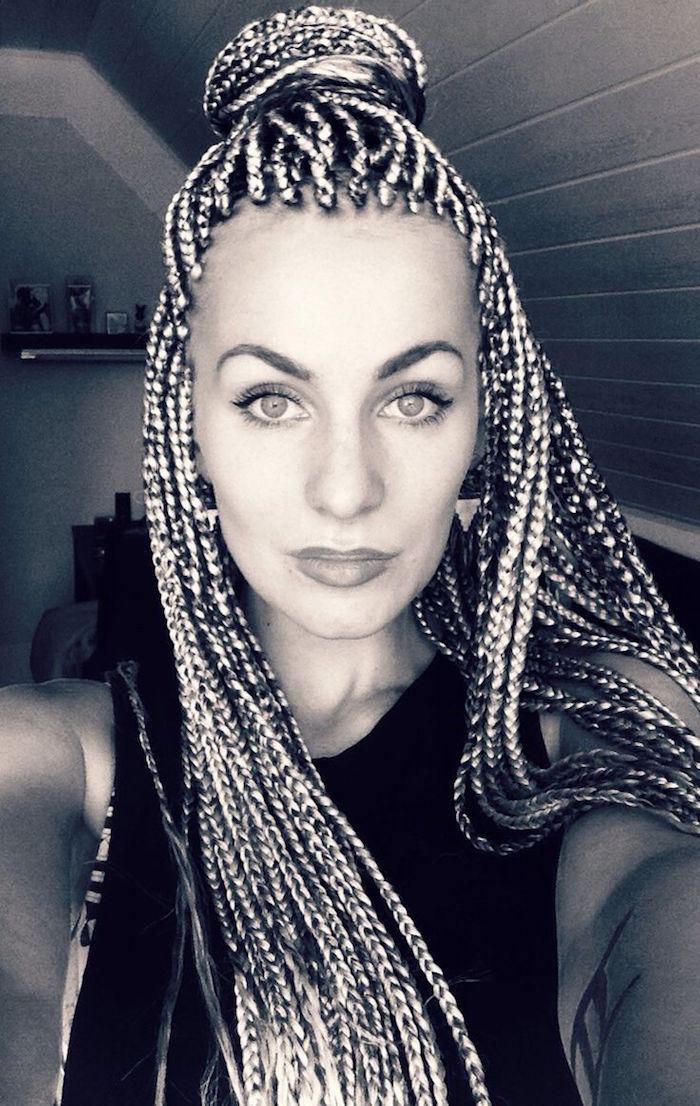 extensions cheveux natte collée afro chignon femme