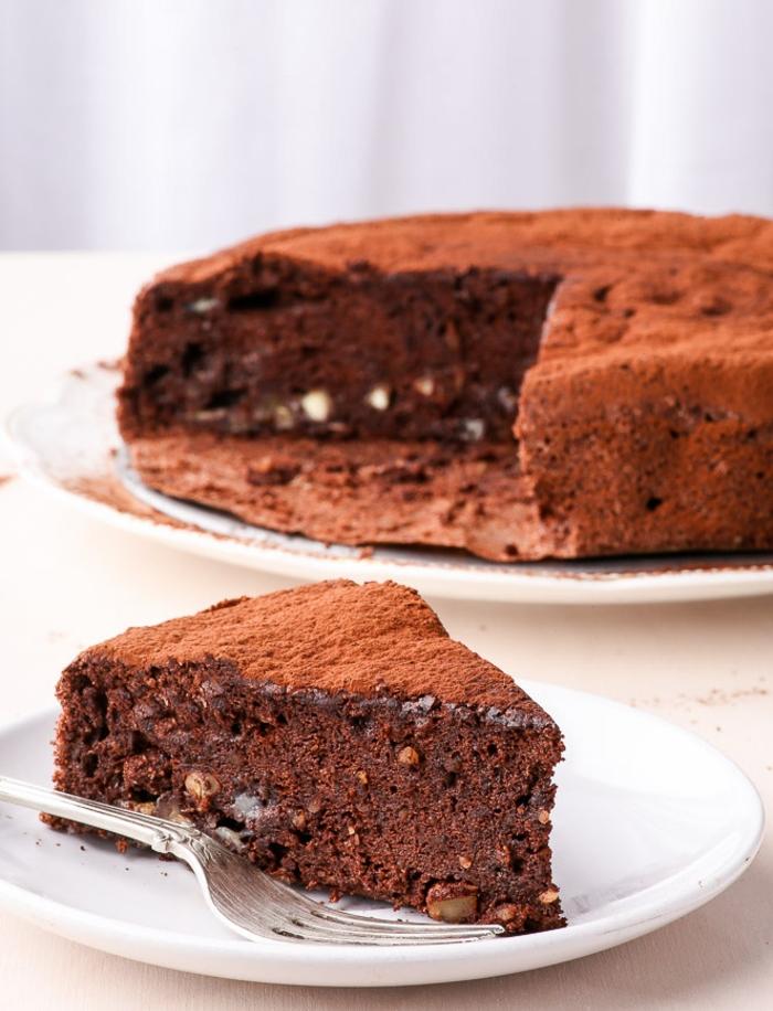 recette facile de gateau au chocolat moelleux sans farine ni lactose, gâteau chocolat sans gluten