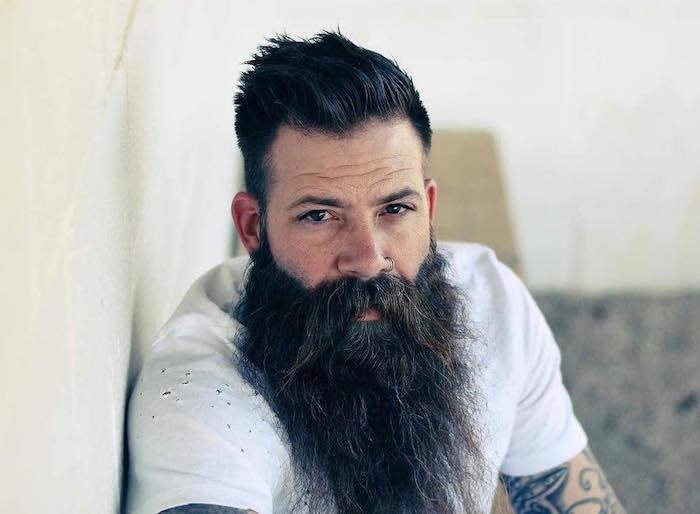 Barbe longue des centim tres et des sentiments obsigen - Barbe hipster chic ...