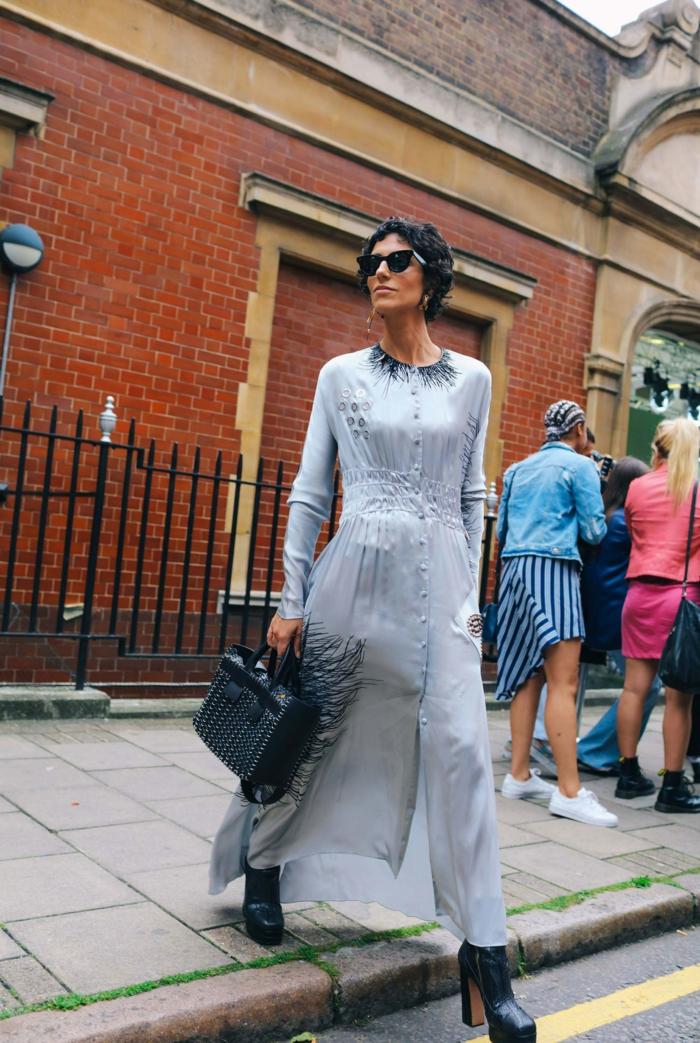 Tendance robe noire dentelle robe femme habillée mode idée comment s habiller pour etre une femme stylée