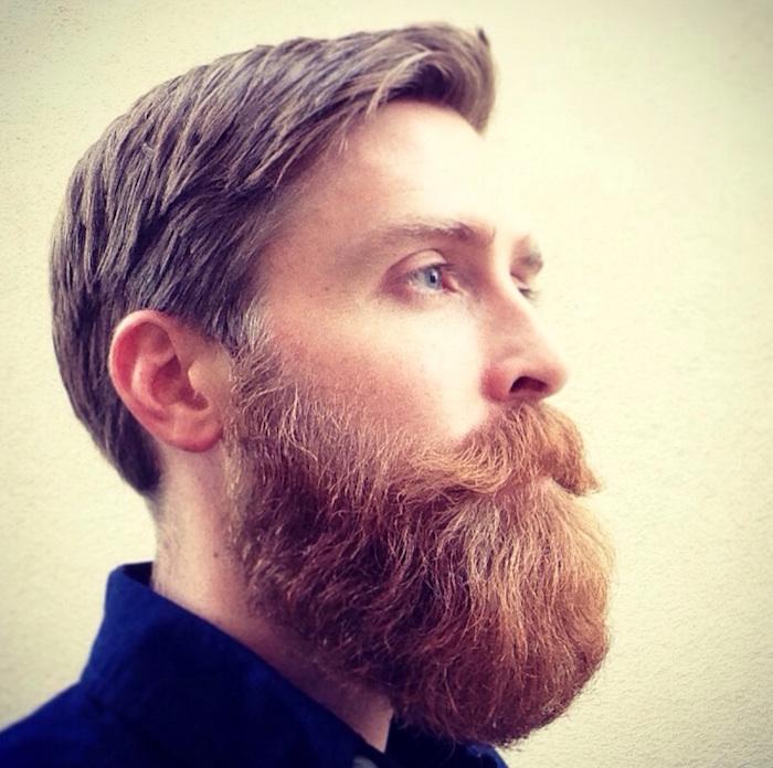 homme avec grosse barbe en dégradé