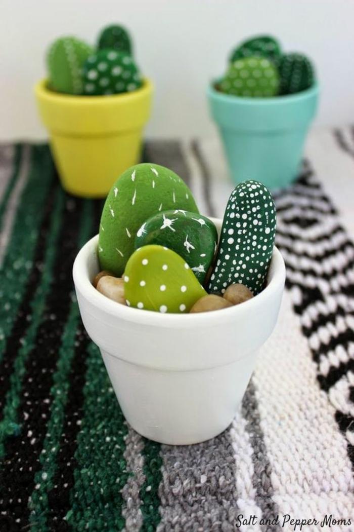 Magasin loisirs créatifs comment réaliser une idée créative cactus de pierre