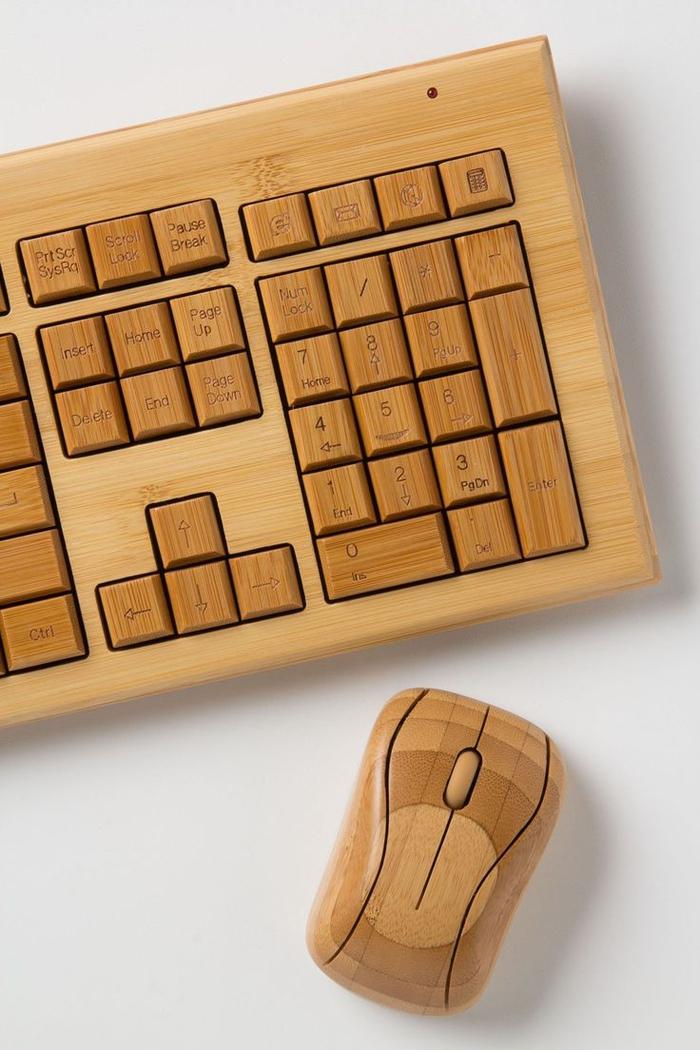 clavier et souris en bambou au design original, idée de cadeau saint valentin pour un homme geek