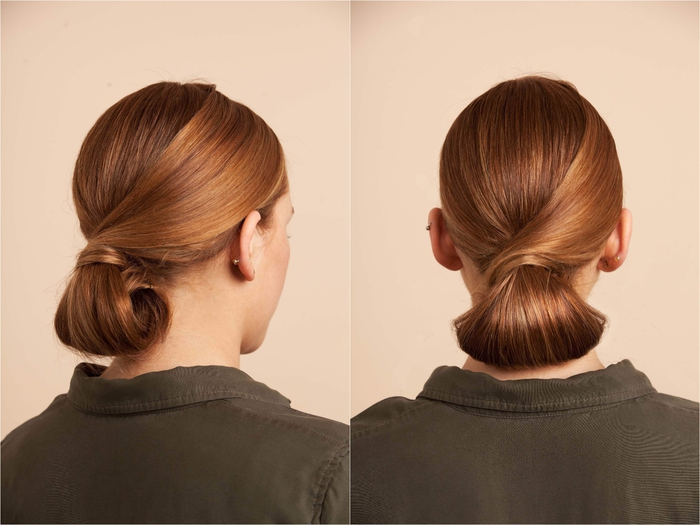 idée pour un chignon facile façon demi-queue-de-cheval réalisé en bas de la nuque sur cheveux longs et lisses couleur cuivre