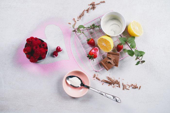 ingredients pour faire panna cotta facile à base de lait de coco sirop d agave agar agar vanille et framboises