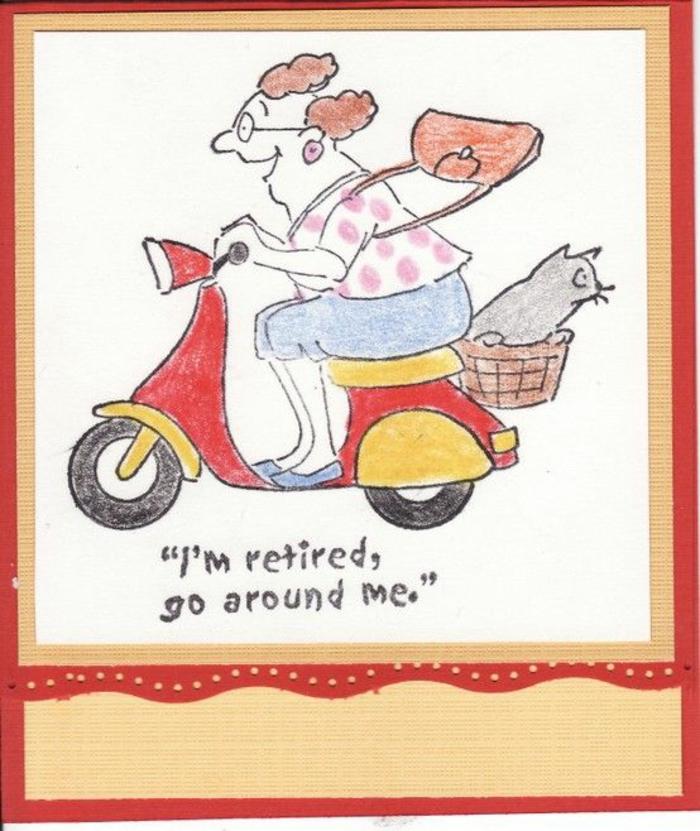 carte de retraite, depart retraite, message retraite, mamie qui s'amuse sur sa moto, avec un chat derrière, mamie très heureuse d'être officiellement une retirée