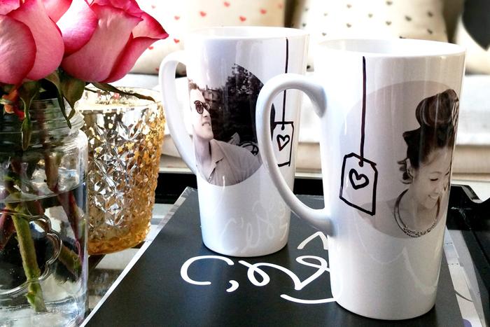 mug personnalisé décoré de photo noir et blanc couple femme homme sur des tasses à thé blanches, idée cadeau pour sa copine