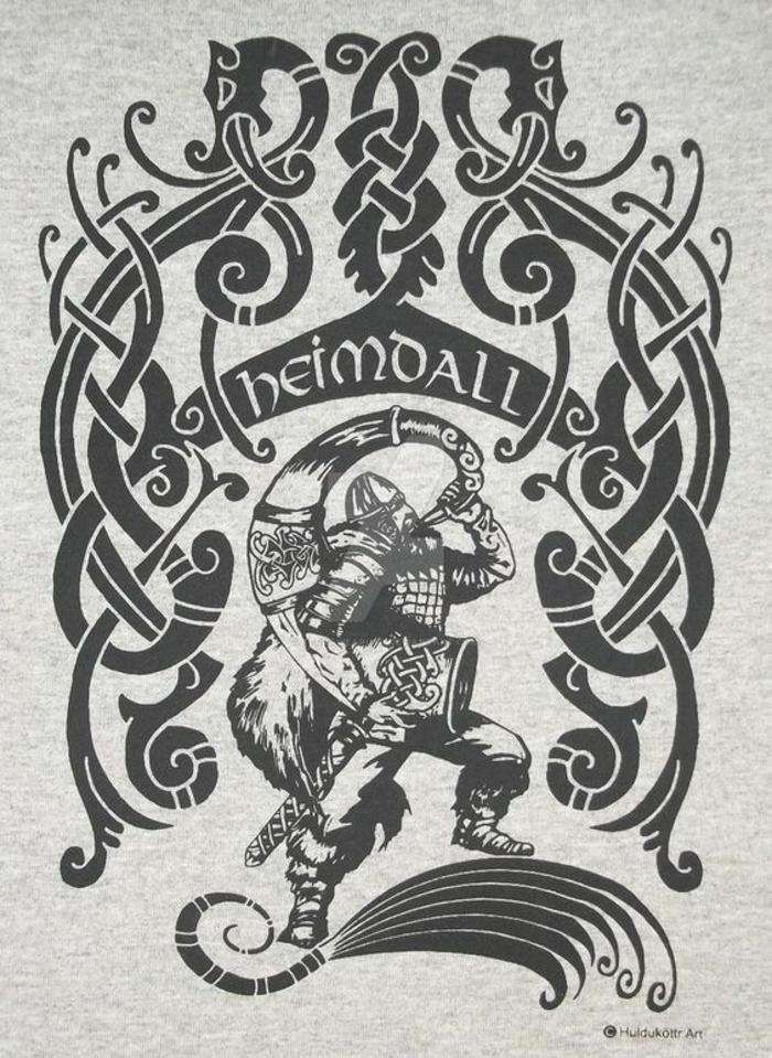 Symbole force tatouage rune nordique chouette tatouage