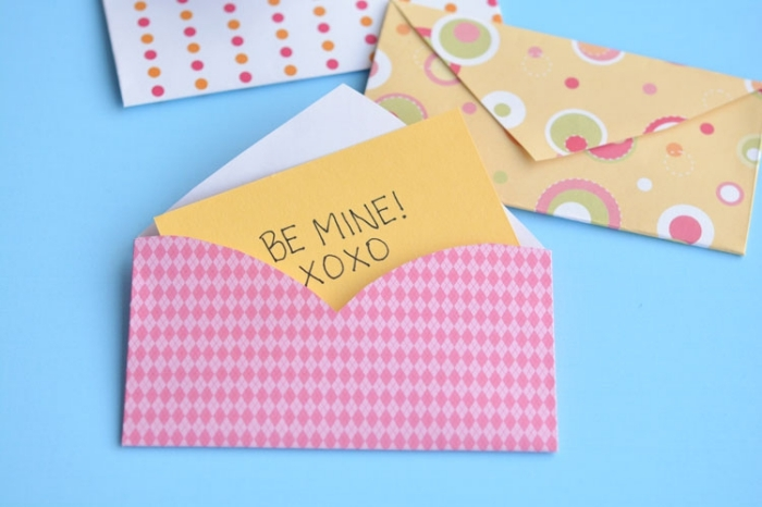 1001 tutos et id es comment faire une enveloppe - Pliage papier cadeau ...