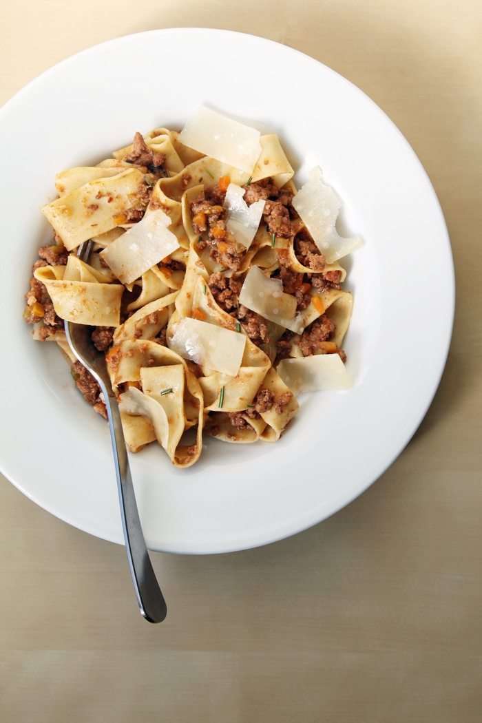 recette saint valentin de pâtes classique à la sauce bolognaise à la mijoteuse