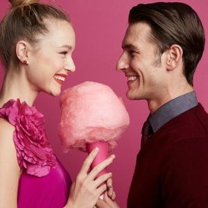 Choisir un cadeau pour sa copine - les meilleures idées pour surprendre celles qu'on aime