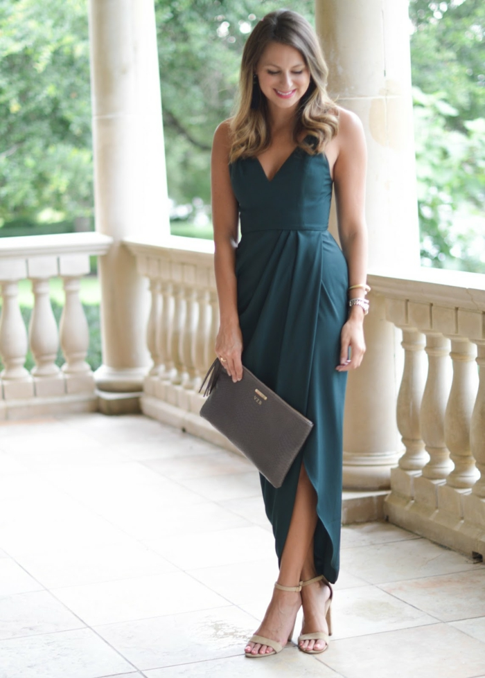 Tenue de soirée femme pas cher robe de soirée idée robe debarateur robe longue avec fente