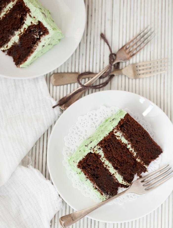recette délicieuse pour un gateau chocolat facile à la ganache menthe, layer cake chocolat et menthe