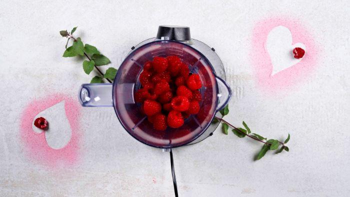 recette panna cotta maison avec des framboises idée de dessert st valentin aux fruits