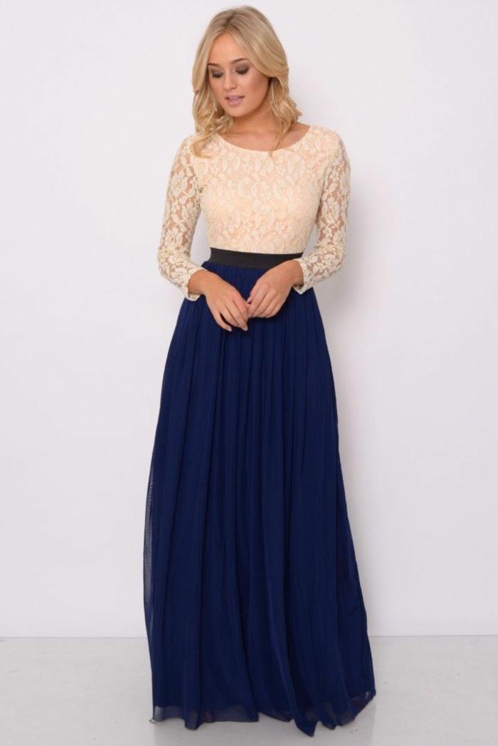Customiser une robe longue blanche