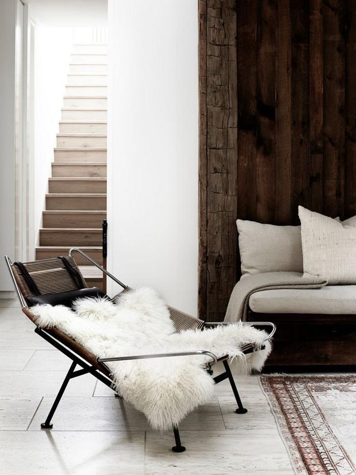 idée originale pour repeindre escalier aux tons neutres à effet ombré pour une ambiance douce et naturelle