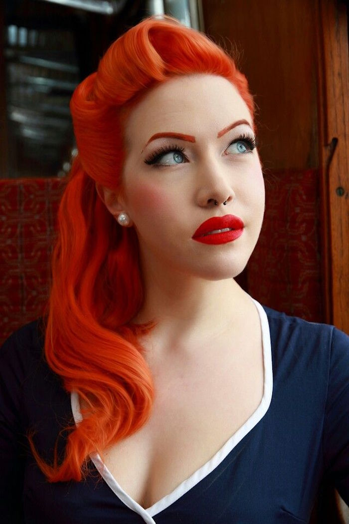 Coiffure anne 50 pin up elegant magnifique robe pin up - Maquillage annee 60 ...