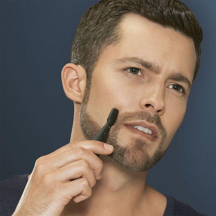 raser contours de barbe courte 7 jours homme