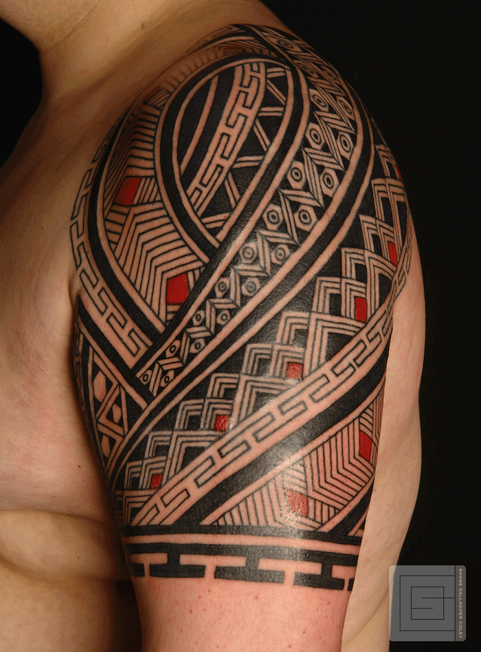 idees tatouage maori encre ciel  mer
