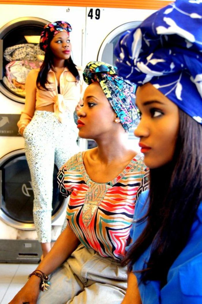 trois looks avec des turbans, couleurs vives, blouses avec des motifs graphiques, chemise jaune avec des manches longues et nouée devant