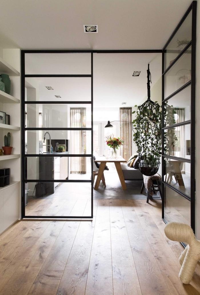 verriere interieure, comment diviser la cuisine et la salle à manger avec une séparation en verre et métal