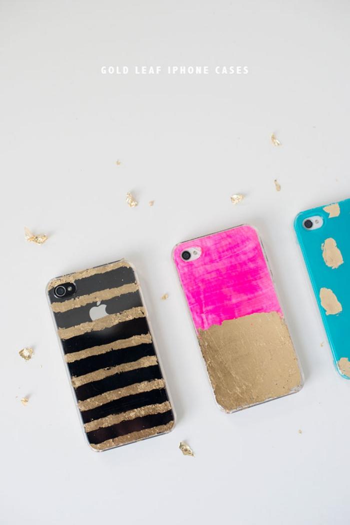 comment décorer son portable avec vernis à ongles ou peinture glitter, différents modèle de coque personnalisé