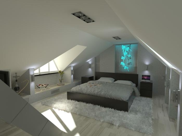 amenagement combles, tapis gris, grand lit et décoration murale bleue néon