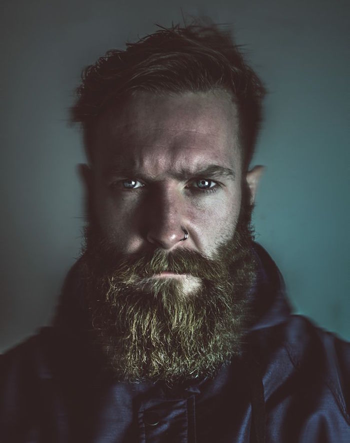 taille barbe hipster coupe broussaille bushy barbes longues