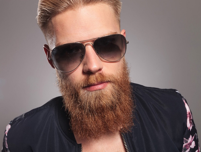 coupe homme avec barbe longue rousse style yeard beard zz top